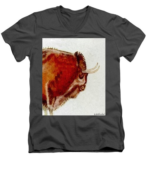 Altamira Prehistoric Bison Detail Men's V-Neck T-Shirt