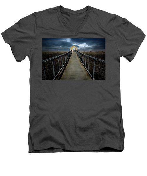 Alviso, California Men's V-Neck T-Shirt