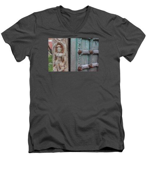 Amazing Door And Column, Fort Kochi Men's V-Neck T-Shirt by Jennifer Mazzucco