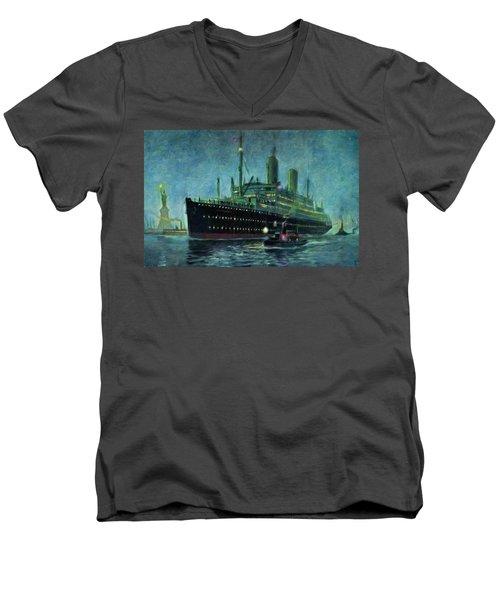 American Line, New York Men's V-Neck T-Shirt