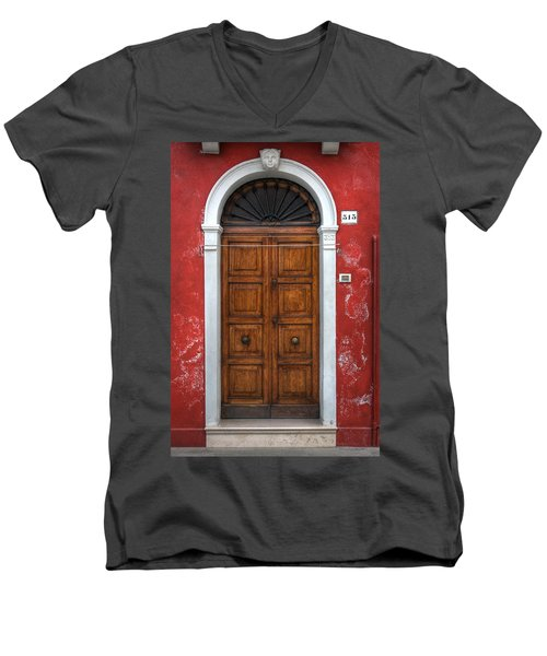 an old wooden door in Italy Men's V-Neck T-Shirt