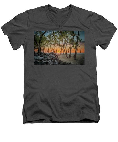 Anaehoomalu Beach Sunset Men's V-Neck T-Shirt