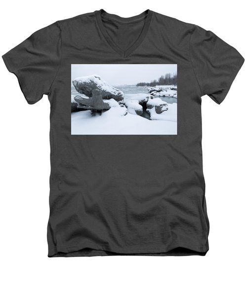 Anchorage Bergs Men's V-Neck T-Shirt