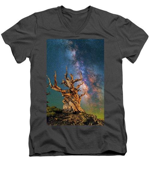 Ancient Beauty Men's V-Neck T-Shirt