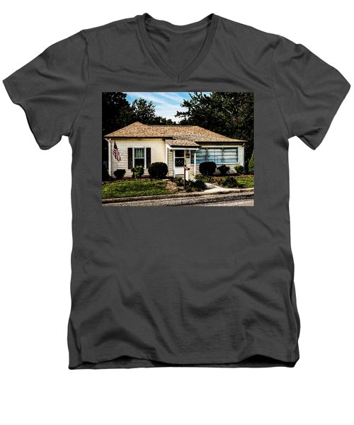 Andy's House Men's V-Neck T-Shirt