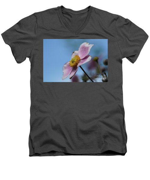 Anemone Tomentosa Flower Men's V-Neck T-Shirt