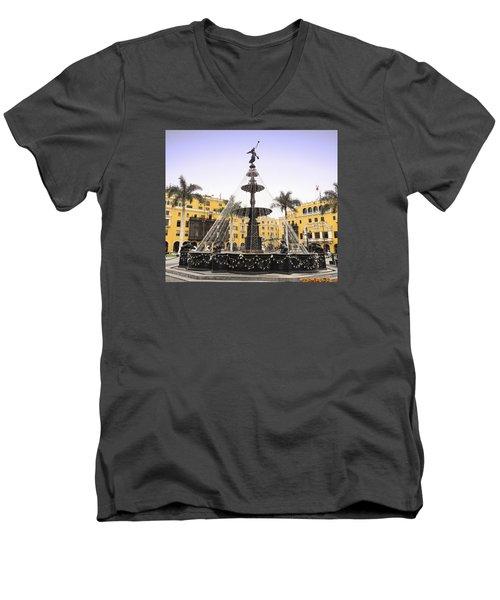 Angel In The Square Men's V-Neck T-Shirt