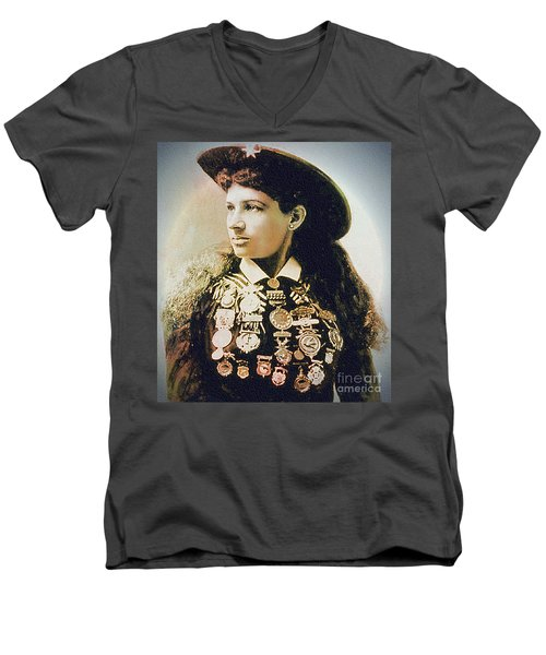 Annie Oakley - Shooting Legend Men's V-Neck T-Shirt