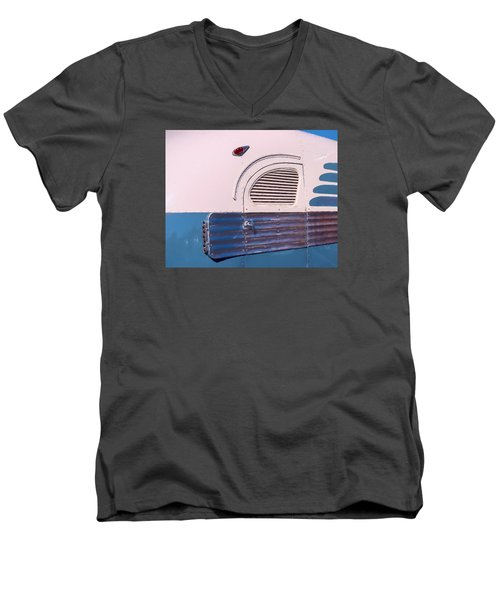 Men's V-Neck T-Shirt featuring the photograph Antique Bus by Gary Slawsky