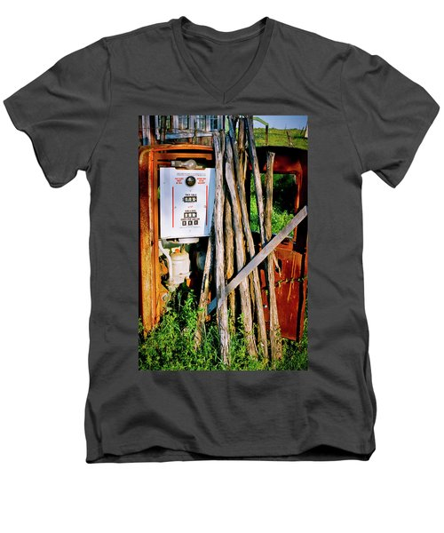 Men's V-Neck T-Shirt featuring the photograph Antique Gas Pump by Linda Unger