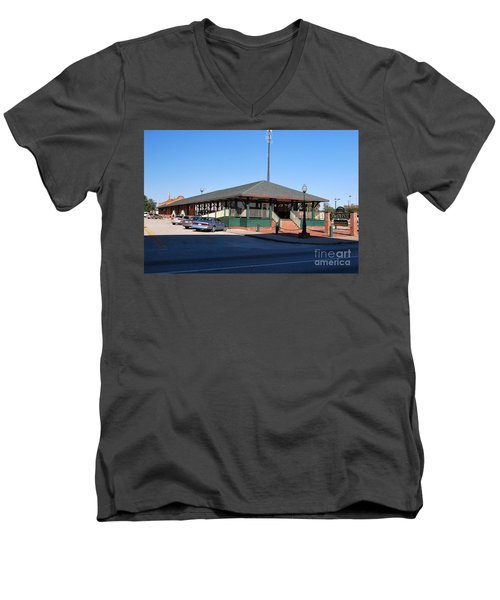 Men's V-Neck T-Shirt featuring the photograph Arcadia Train Station by Gary Wonning