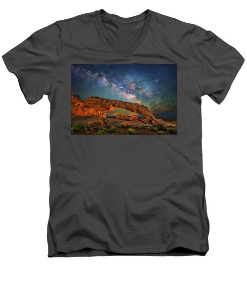 Arching Over The Arch Men's V-Neck T-Shirt