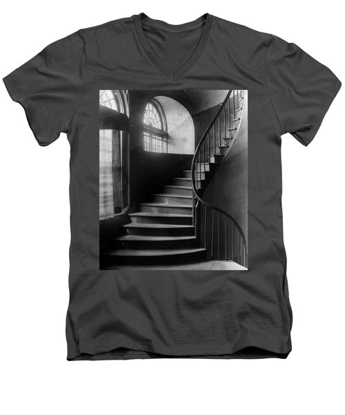 Arching Stairwell Men's V-Neck T-Shirt