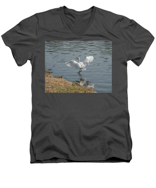 Are You Ready To Dance - Great Egret In Mtn View Ca Men's V-Neck T-Shirt