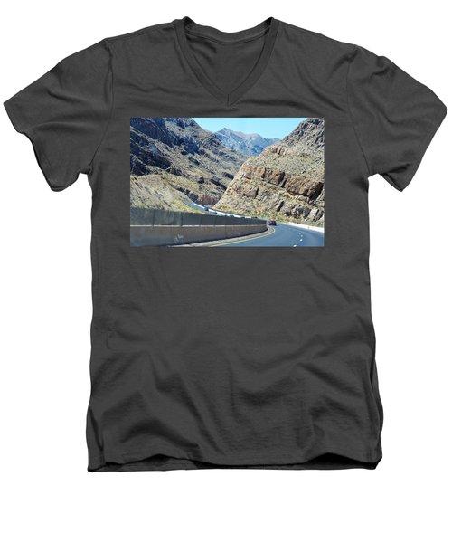 Arizona 2016 Men's V-Neck T-Shirt