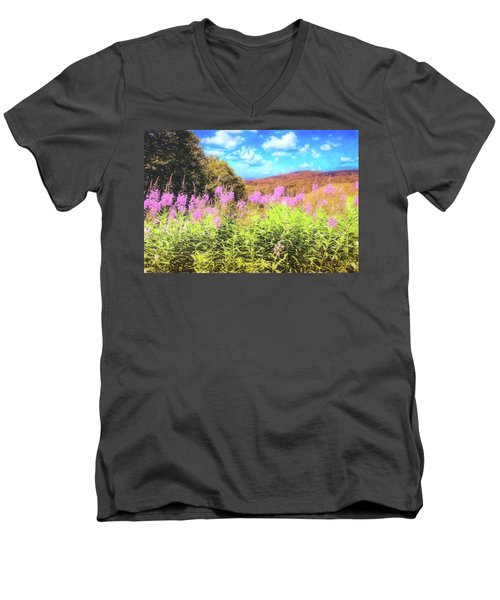 Art Photo Of Vermont Rolling Hills With Pink Flowers In The Foreground Men's V-Neck T-Shirt