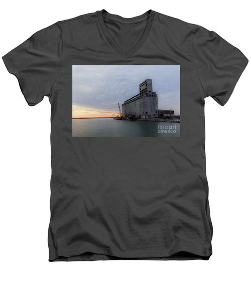 Men's V-Neck T-Shirt featuring the photograph Artistic Sunset by Jim Lepard