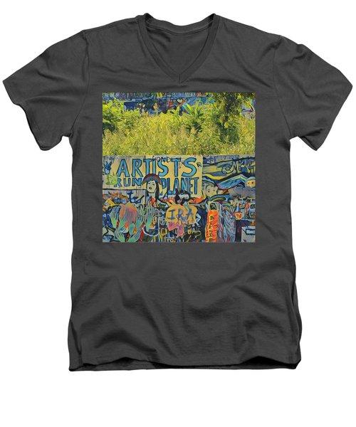 Artists Run The Planet Men's V-Neck T-Shirt