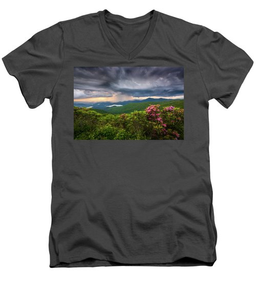 Asheville North Carolina Blue Ridge Parkway Thunderstorm Scenic Mountains Landscape Photography Men's V-Neck T-Shirt