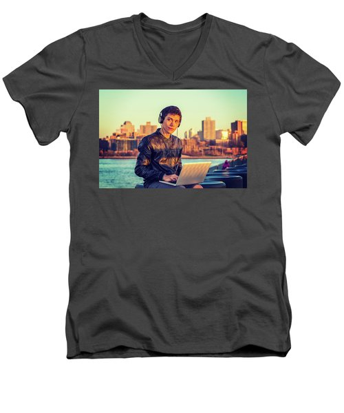 Asian American College Student Traveling, Studying In New York Men's V-Neck T-Shirt