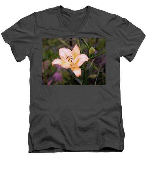 Asiatic Lilly Men's V-Neck T-Shirt