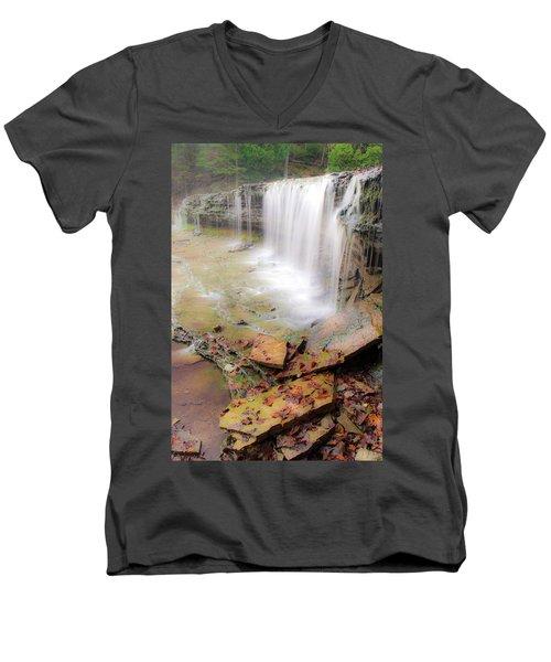 Au Train Falls Men's V-Neck T-Shirt