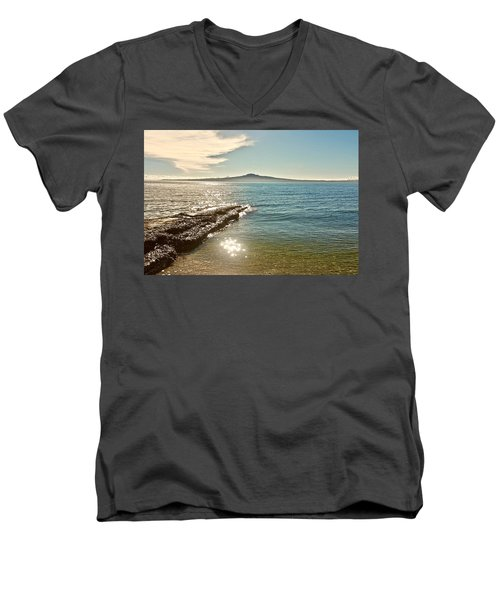 Auckland Harbour On A Winter's Afternoon Men's V-Neck T-Shirt