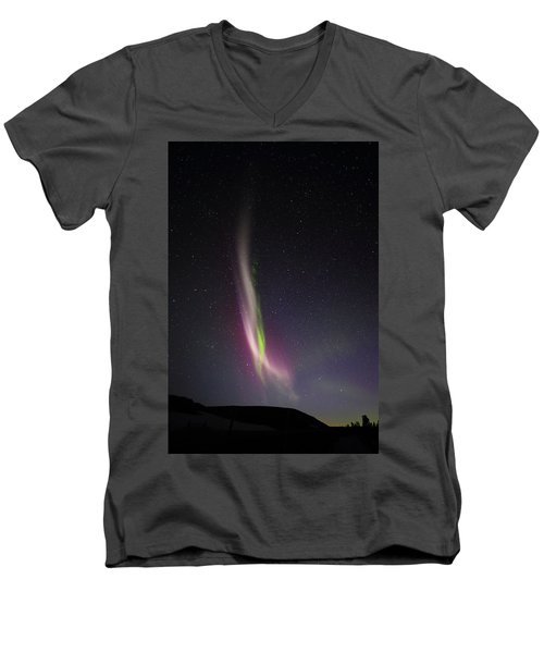 Auroral Phenomonen K Nown As Steve, 6 Men's V-Neck T-Shirt