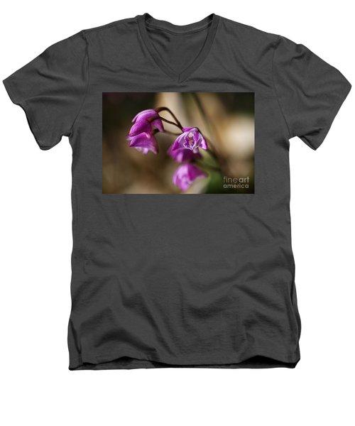 Australia's Native Orchid Small Dendrobium Men's V-Neck T-Shirt