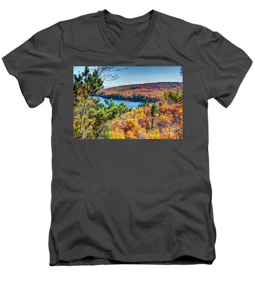 Autumn Colors Overlooking Lax Lake Tettegouche State Park II Men's V-Neck T-Shirt