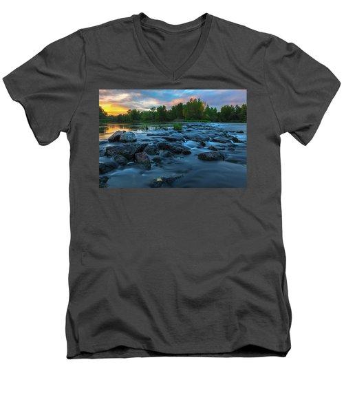 Autumn Comes Men's V-Neck T-Shirt