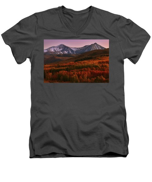Autumn Sunset At Conway Summit In The Eastern Sierras Men's V-Neck T-Shirt