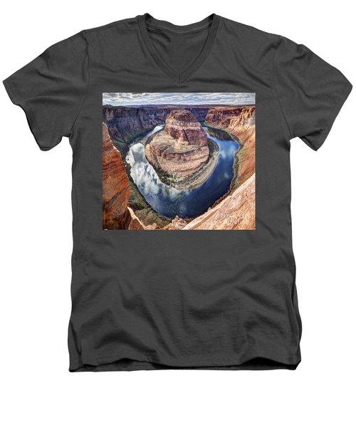 Awesome Amazing Horseshoe Bend Arizona Men's V-Neck T-Shirt