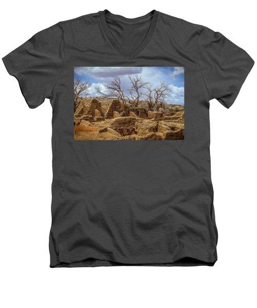 Aztec Ruins, New Mexico Men's V-Neck T-Shirt