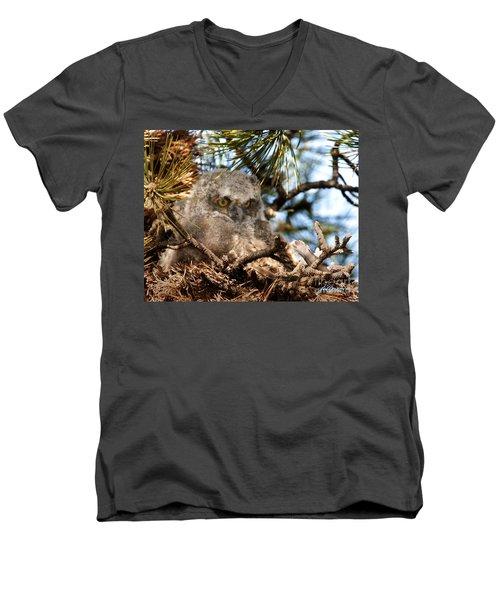 Baby Who Men's V-Neck T-Shirt