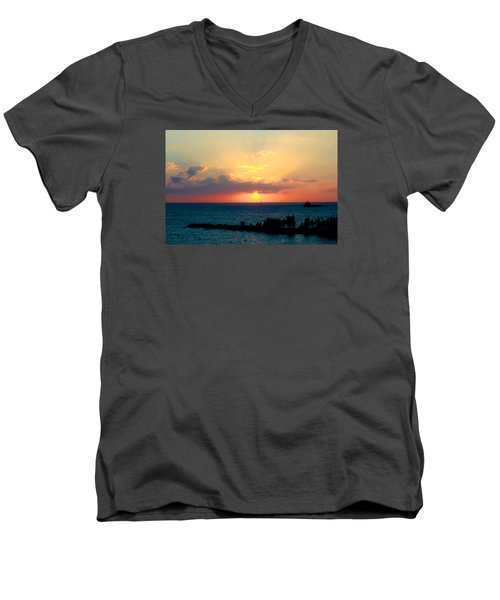 Bahamas Sunset Men's V-Neck T-Shirt