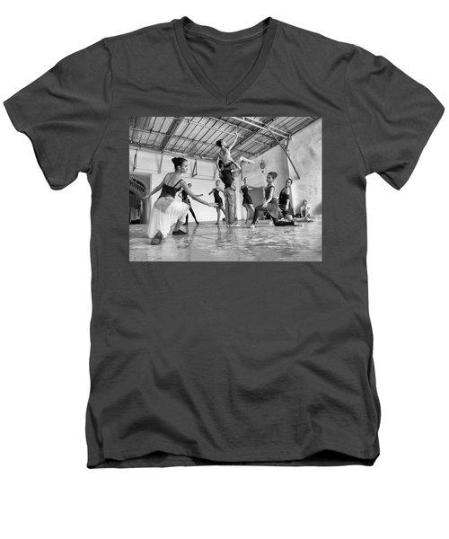 Ballet Practice - Havana Men's V-Neck T-Shirt