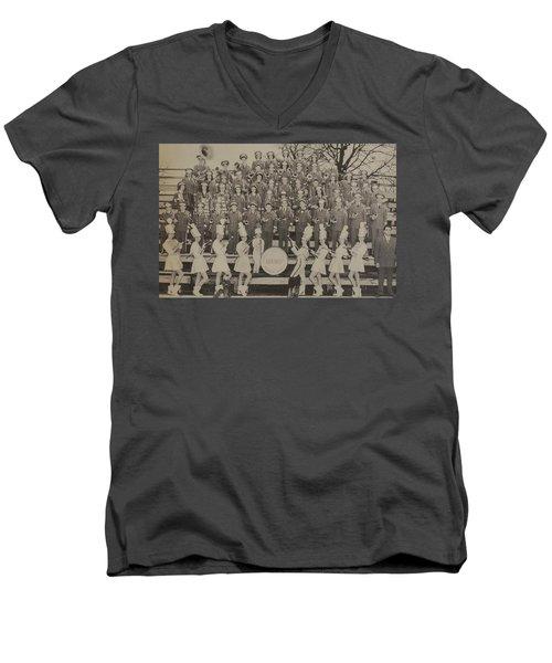 Band 1949  Men's V-Neck T-Shirt