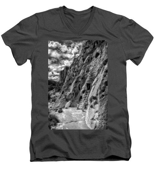 Bandelier Cavate Men's V-Neck T-Shirt