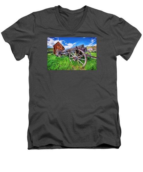 Bannack Wagon Men's V-Neck T-Shirt