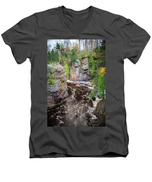 Baptism River In Tettegouche State Park Mn Men's V-Neck T-Shirt