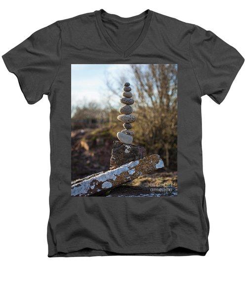 Bara Vara Men's V-Neck T-Shirt