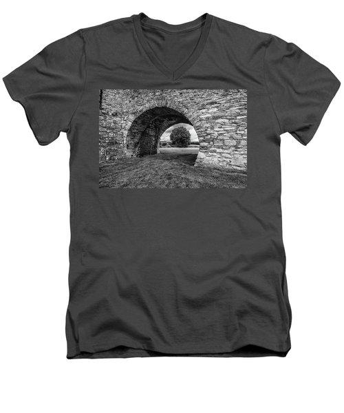 Barbican Gate Trim Castle Men's V-Neck T-Shirt