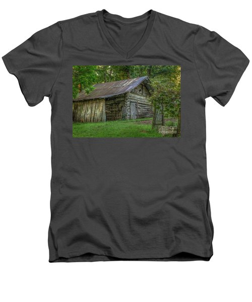 Barn At Artist Point Men's V-Neck T-Shirt