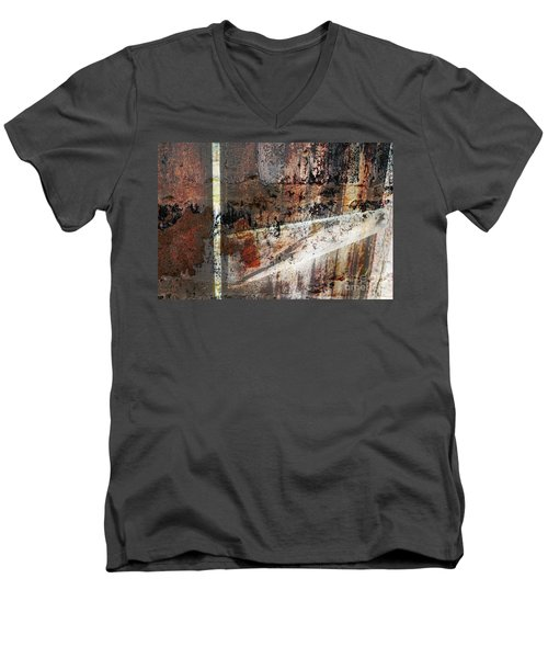 Barn Door Men's V-Neck T-Shirt