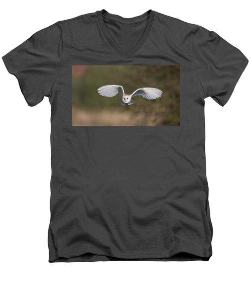 Barn Owl Approaching Men's V-Neck T-Shirt