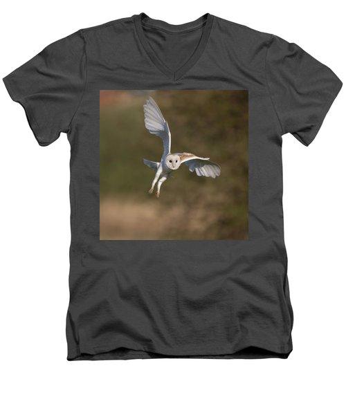 Barn Owl Cornering Men's V-Neck T-Shirt