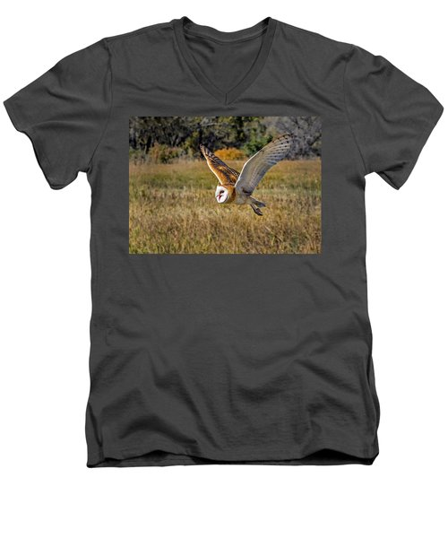 Barn Owl Flight 6 Men's V-Neck T-Shirt