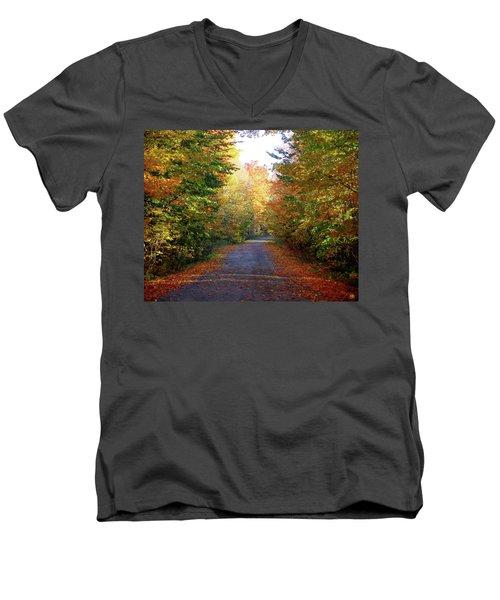Barnes Road - Cropped Men's V-Neck T-Shirt