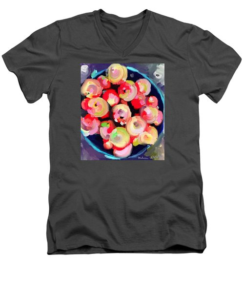 Basket Of Apples At Rockport Farmer's Market Men's V-Neck T-Shirt